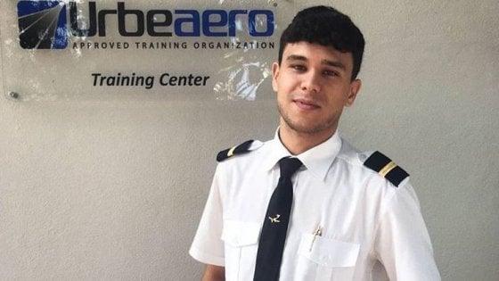 Roma, aereo della scuola volo cade nel Tevere, individuata la carcassa. Ancora disperso il giovane allievo