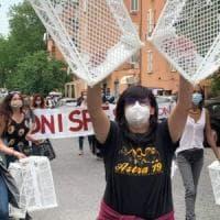 Roma, Sos-povertà, sit-int al Mes delle reti sociali: