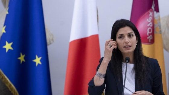 Roma, slitta ancora il processo per falso  a Raggi: udienza a ottobre