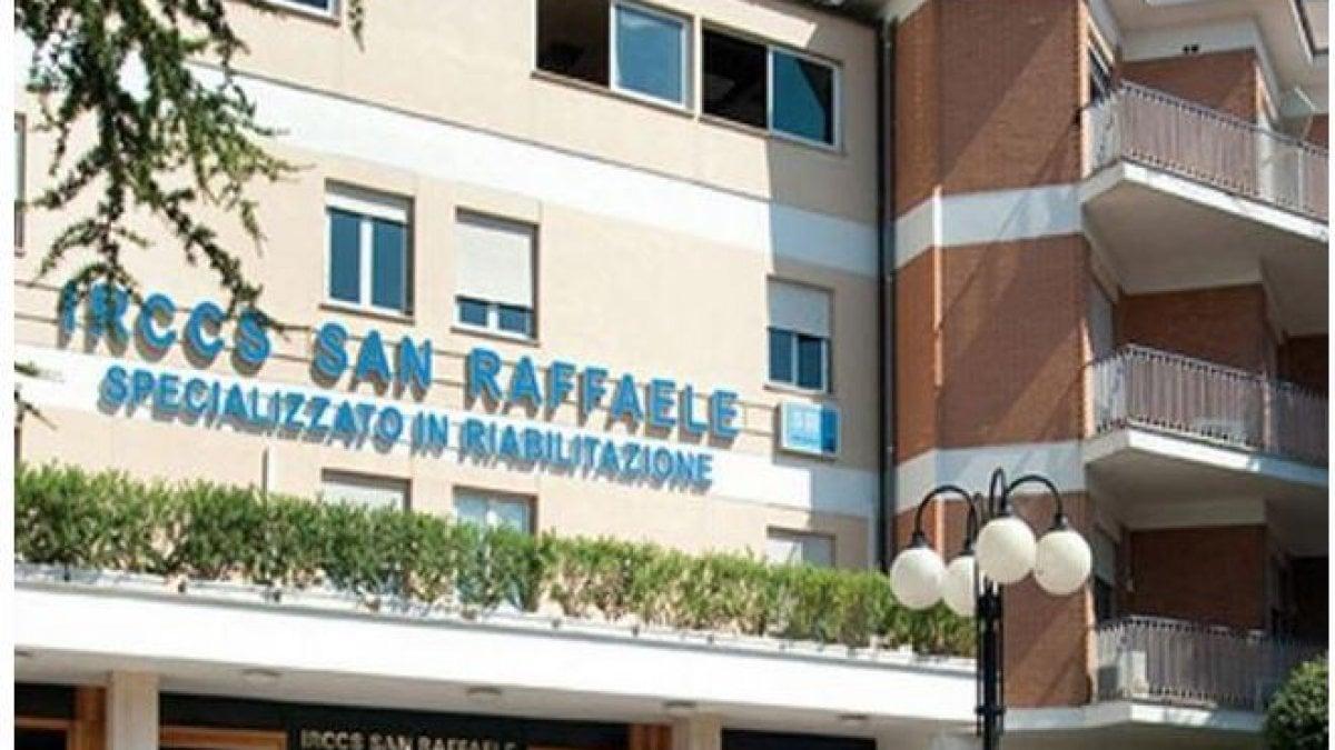 Roma, 31 positivi al San Raffaele Pisana e un degente morto. Disposta l'autopsia, cordone sanitario intorno alla struttura