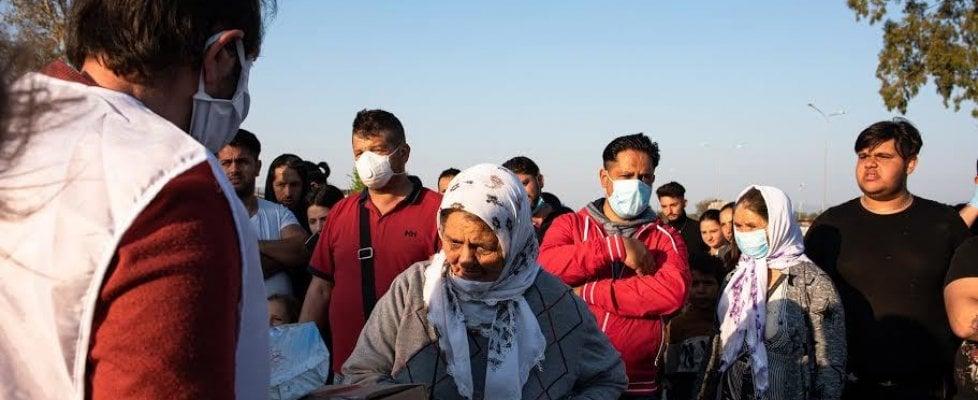 """Roma, emergenza campi rom: """"Così la pandemia ha aggravato pregiudizi, odio e disagio sociale"""""""
