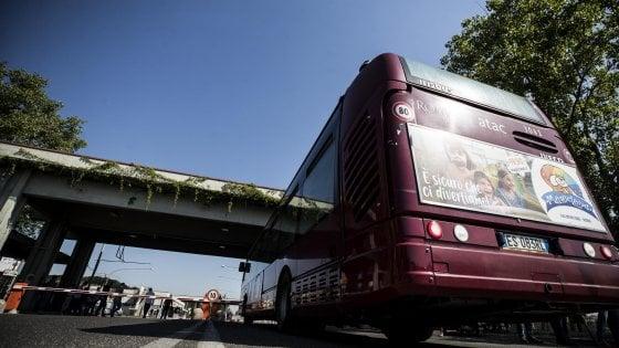 Roma, rimborsi degli abbonamenti ai mezzi pubblici: arriva un sito Atac