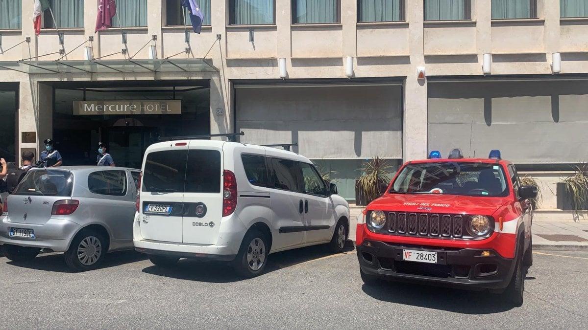 Roma, esplode caldaia in un hotel: feriti tre addetti alla manutenzione