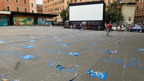 Cinema America, Ama spazza e cancella  le piazzole dell'arena