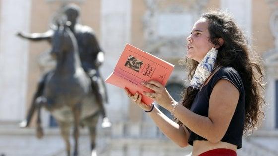 """'Minerva in lockdown', la protesta degli studenti della Sapienza al Campidoglio, """"Dateci gli spazi per studiare"""""""