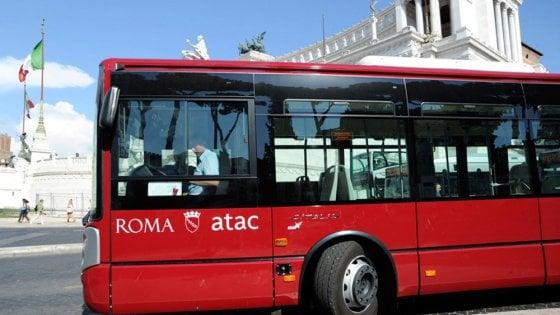 Roma, via libera ad assunzioni Atac entro la fine dell'anno: 330 nuovi autisti e 82 operai