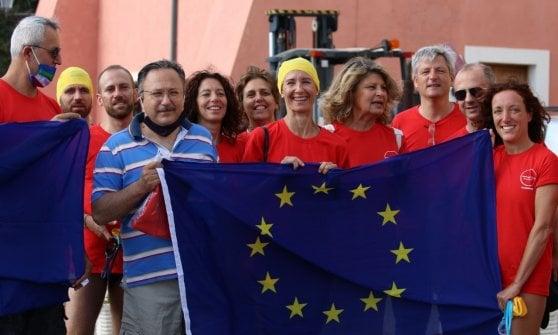 Nel mare di Ventotene la Natalonga per l'Europa