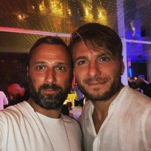 L'abbraccio di Lotito a Ciro, e a Villa Sublime parte la festa della Lazio