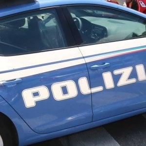 Roma, mette il figlioletto di sette mesi sotto l'acqua bollente: arrestato. Grave il piccolo