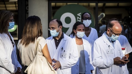 """100835973 f8e42770 ca4f 4a5c b44a adceea0a31b6 - Coronavirus, 31enne intubato a Roma: """"Carica virale altissima"""", l'apparato respiratorio ha collassato"""