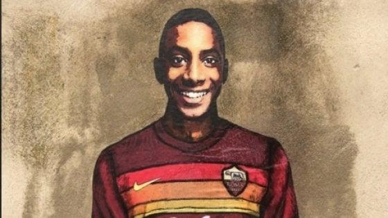 Willy Monteiro con la maglia della Roma: un murale per il ragazzo ucciso a Colleferro
