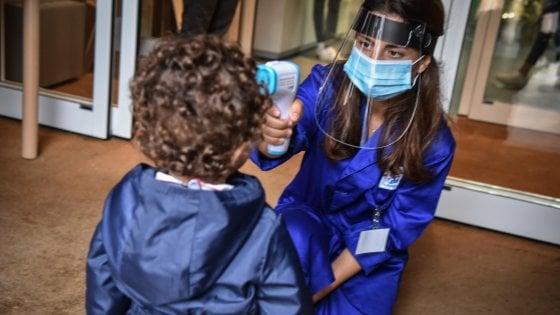 Roma, bambino con la febbre alla materna: tutti in quarantena in attesa del tampone