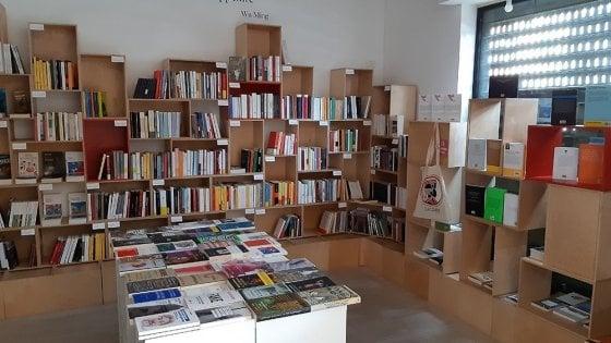 Roma, solidarietà dopo il furto nella libreria di edizioni Alegre: già raccolti 10 mila euro