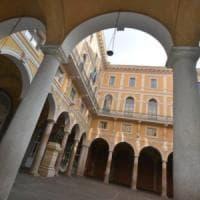 Roma, un caso di covid nel collegio dei vip, il San Giuseppe: i liceali