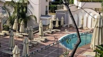 Sperlonga, morì in piscina a 13 anni per colpa dell'aspiratore. In tre a processo