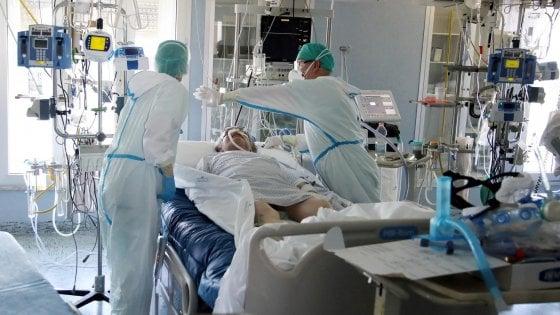082605404 e284947f 516f 48a4 8b90 e8c869d82372 - Coronavirus, il bollettino di oggi 16 ottobre: 10.010 casi e 55 morti