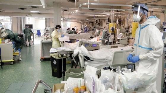 134912728 151489cc 5e3e 41a3 b80c af94692743df - Coronavirus, il bollettino di oggi 16 ottobre: 10.010 casi e 55 morti