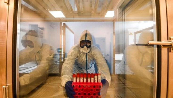 Coronavirus, 1219 positivi: anche nel Lazio coprifuoco dalle 24 alle 5 e didattica a...