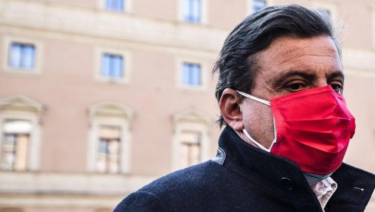 """Roma, Calenda a Letta: """"Primarie legittime, le nostre strade si separano"""". Pd: """"Libero di..."""