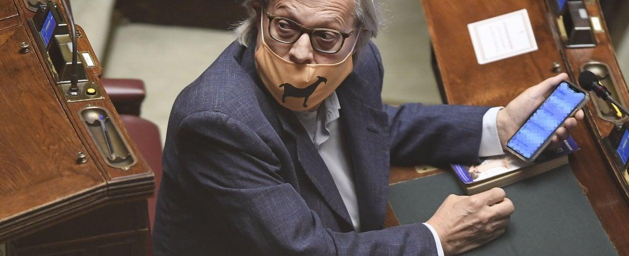 """Quadri falsi di De Dominicis, ora Vittorio Sgarbi rischia il processo. """"Autenticati in un..."""