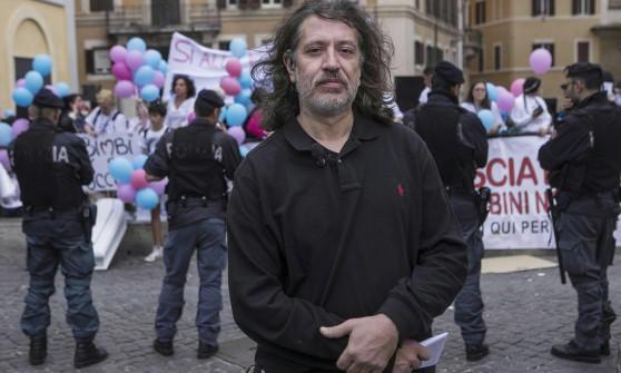 """Processo Stamina, la richiesta della difesa  """"Vannoni è candidato, niente giornalisti in aula"""""""