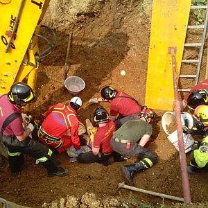 Sepolto dallo scavo, operaio muore a La Cassa