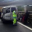 Oulx, furgone tamponato, muore una ragazza