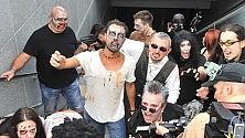 L'assalto degli zombie saltati fuori dal metrò