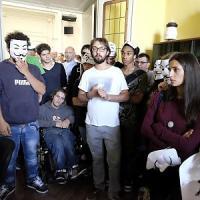 Alessandria, pioggia di denunce per il blitz antisfratti nell'ufficio del