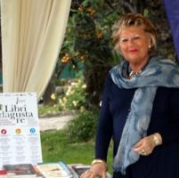 Addio a Claudia Ferraresi, donna