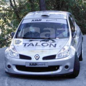 Auto si ribalta durante il rally, due feriti in Val d'Aosta