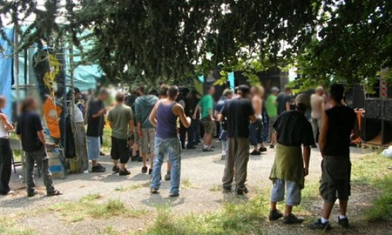 Rave party a Leinì: 251 denunciati e 78 veicoli sequestrati