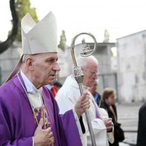 """Il cardinale Poletto: """"Sui matrimoni gay Torino non faccia follie"""""""