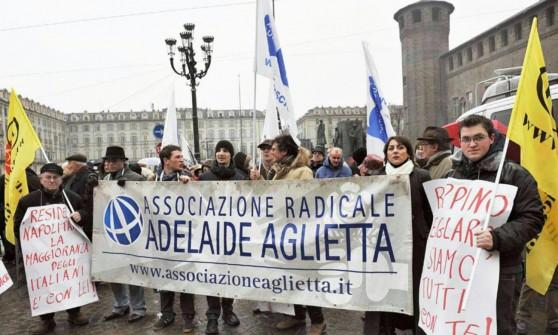 """I Radicali torinesi in crisi di """"vocazioni"""" pensano allo scioglimento"""