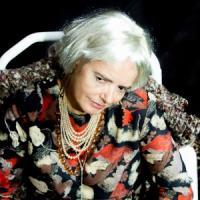Nada Malanima, una donna sul palco
