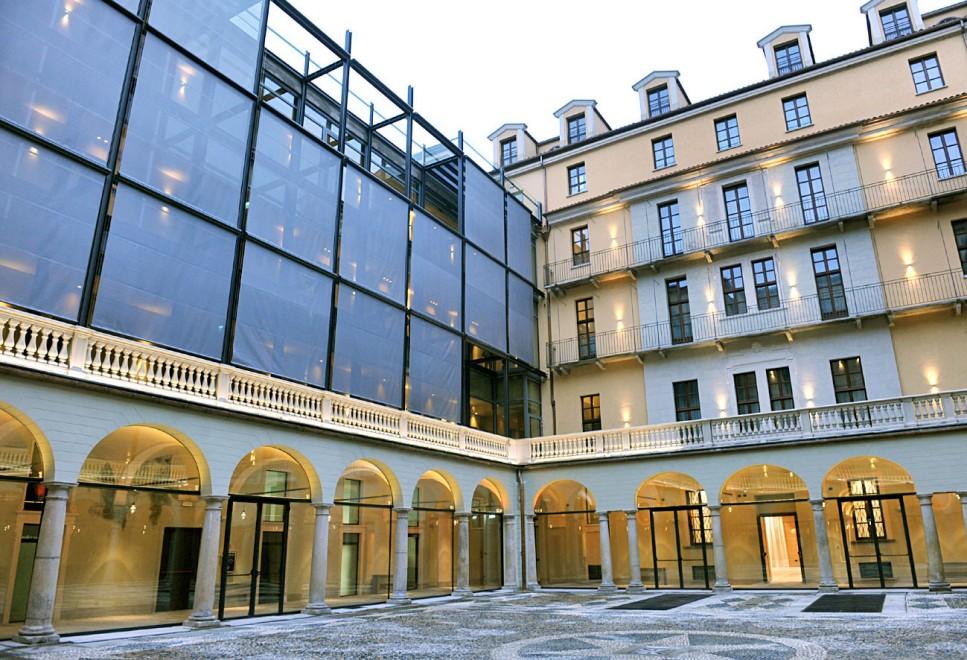 Casa gramsci diventa hotel con 160 stanze di lusso 1 di - Vendere casa popolare riscattata ...