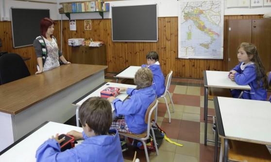 Più bambini nei quartieri popolari, meno in quelli chic: ecco la scuola del futuro