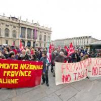 """""""Occupy Provincia"""", i dipendenti in corteo per dire no a 510 esuberi"""