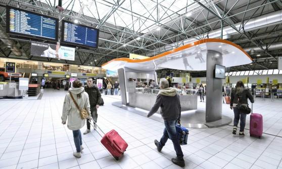 Ryanair nel 2015 sorpasso nei cieli di torino - Collegamento torino porta nuova aeroporto caselle ...