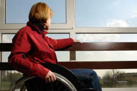 Malata di sclerosi si dimette da scuola, quando vuole tornare glielo impediscono