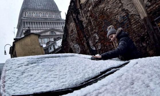 Le previsioni: nevicata intensa fino a domani nel Cuneese, a Torino torna la pioggia