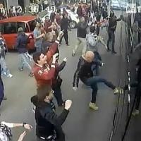 Derby violento, sei arrestati e 15 denunciati: per 16 tifosi già pronti i divieti di...
