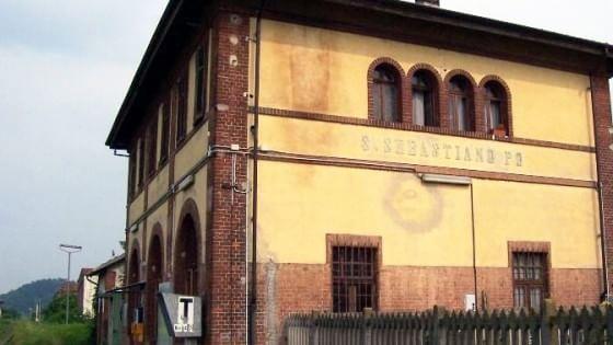 Svaligiano la vecchia stazione quattro arresti for Quattro ristoranti torino