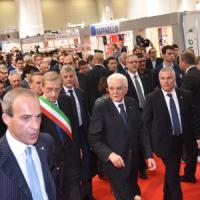 """Mattarella: """"In Italia troppo pessimismo, guardiamo al futuro per una ripartenza"""""""