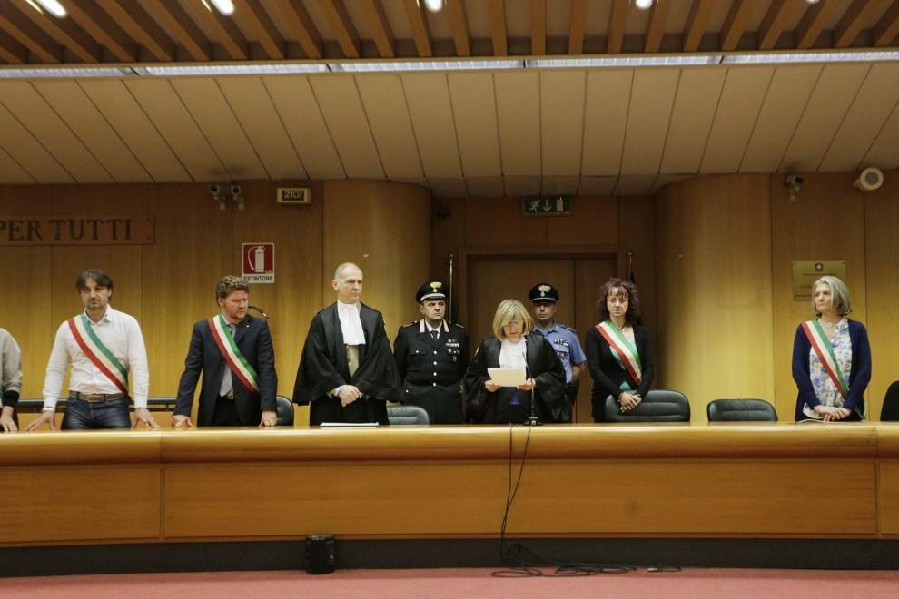 Thyssen, lacrime e proteste alla lettura della sentenza