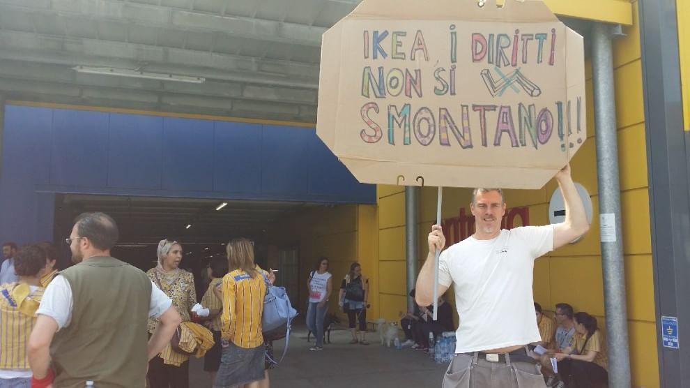 Primo sciopero dei dipendenti ikea i diritti non si for Sedi ikea italia