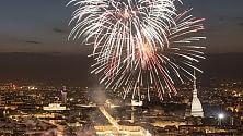 Le fantastiche immagini di Torino nella notte dei Fuochi di San Giovanni