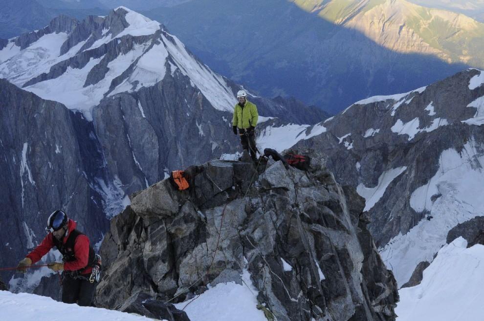 Elicottero Monte Bianco : In cima al monte bianco la sentinella del clima di