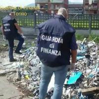 """""""Terra dei fuochi"""" alle porte di Torino, scoperta una discarica con 450 tonnellate di..."""