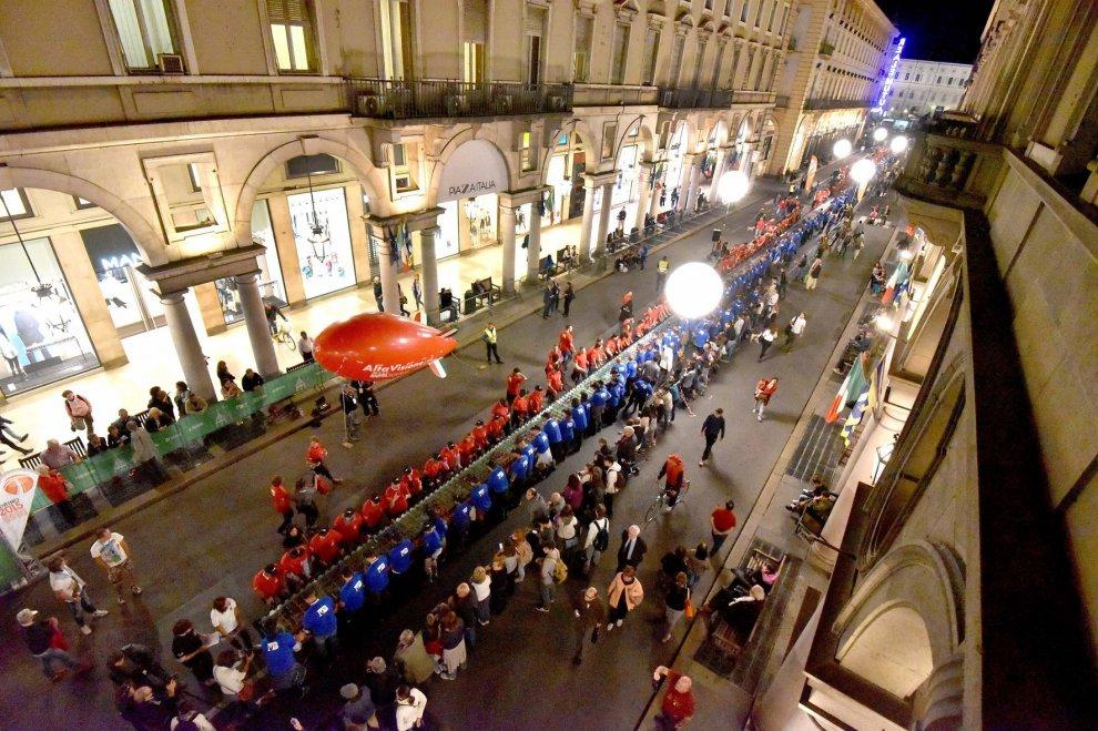 Torino, la sfida a calcio balilla da Guinness dei primati